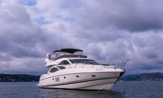 Motoryat Sunseeker Manhattan 74